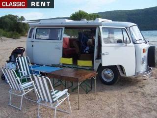 location volkswagen combi blanc de 1979 louer volkswagen. Black Bedroom Furniture Sets. Home Design Ideas