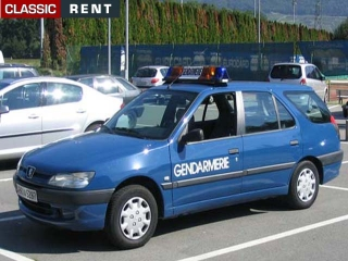 location voiture de gendarmerie bleu de 2007 louer voiture de gendarmerie bleu de 2007. Black Bedroom Furniture Sets. Home Design Ideas