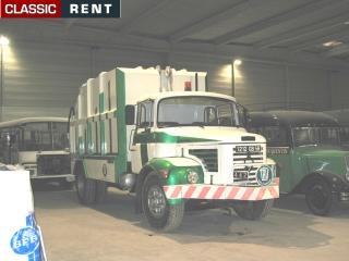 Location camion poubelles blanc de 1970 louer camion for Location benne a ordure