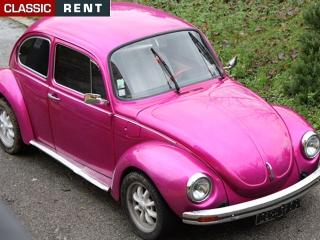 location volkswagen coccinelle rose de 1975 louer volkswagen coccinelle rose de 1975. Black Bedroom Furniture Sets. Home Design Ideas