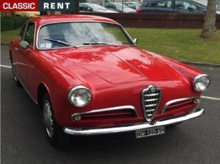 location alfa romeo giulietta rouge de 1956 louer alfa romeo giulietta rouge de 1956. Black Bedroom Furniture Sets. Home Design Ideas