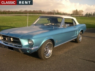 location ford mustang bleu de 1967 louer ford mustang bleu de 1967. Black Bedroom Furniture Sets. Home Design Ideas