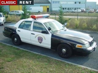 location voiture de police am ricaine noir de 2003 louer voiture de police am ricaine noir. Black Bedroom Furniture Sets. Home Design Ideas