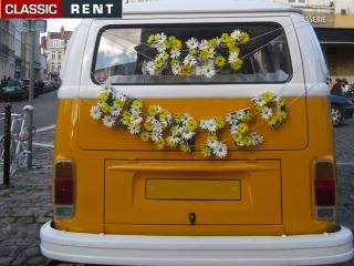 location volkswagen combi jaune de 1973 louer volkswagen combi jaune de 1973. Black Bedroom Furniture Sets. Home Design Ideas