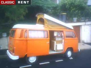 location volkswagen combi orange de 1973 louer. Black Bedroom Furniture Sets. Home Design Ideas