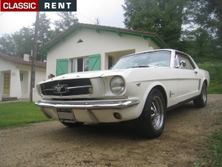 location ford mustang blanc de 1965 louer ford mustang blanc de 1965. Black Bedroom Furniture Sets. Home Design Ideas