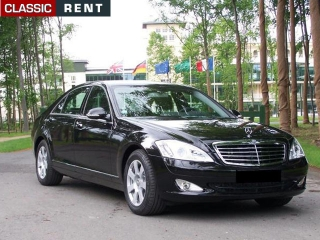 location mercedes benz s 350 noir de 2009 louer mercedes benz s 350 noir de 2009. Black Bedroom Furniture Sets. Home Design Ideas