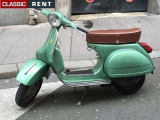 Ancien Scooter location scooter ancien vespa vert de 1978 - louer scooter ancien