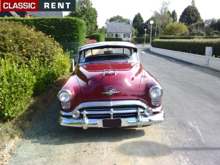 location oldsmobile 88 bordeaux de 1952 louer oldsmobile 88 bordeaux de 1952. Black Bedroom Furniture Sets. Home Design Ideas