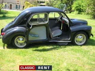 location renault 4 cv noir de 1956 louer renault 4 cv noir de 1956. Black Bedroom Furniture Sets. Home Design Ideas