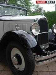 location citro n c4 blanc de 1930 louer citro n c4 blanc de 1930. Black Bedroom Furniture Sets. Home Design Ideas