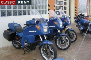 location moto de gendarmerie bleu de 2002 louer moto de gendarmerie bleu de 2002. Black Bedroom Furniture Sets. Home Design Ideas